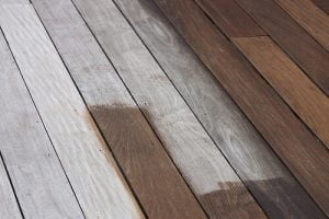 Deck Stain Img